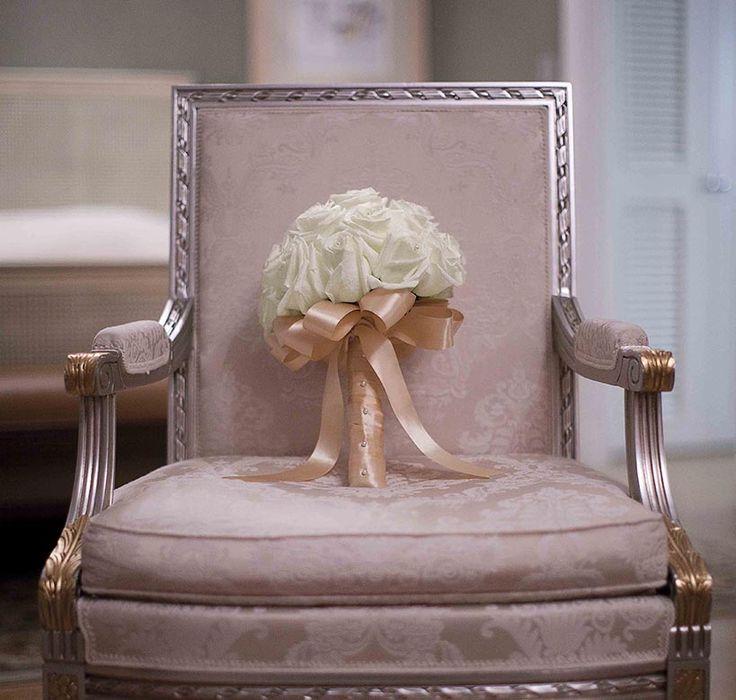 Pink damask armchair, a unique inspiration piece