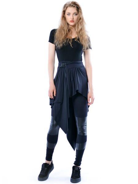 Madonna - asymetryczna, czarna spódnica
