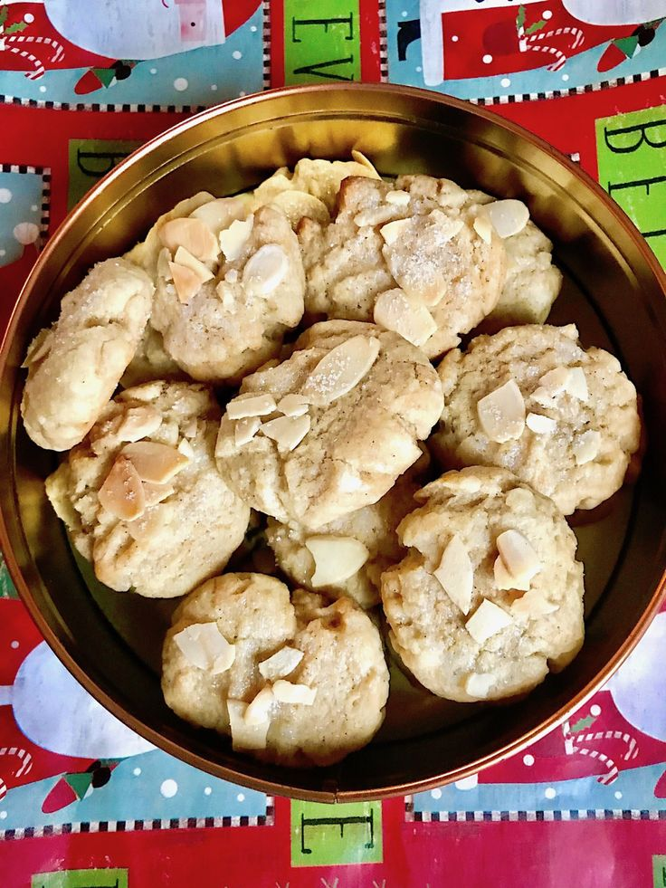 """Serinakaker is regarded as one of the original, classic Christmas cookies in Norway and are classified as """"småkaker"""" (small cookies). These are small butter-sugar-flour cookies with a …"""
