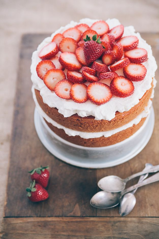 Southern Strawberry Cake is perfect for a summer time wedding