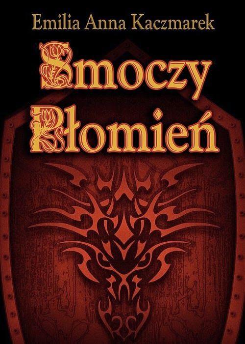 Smoczy Płomień Elena en Rakkel ostatnie czterysta lat spędziła uwięziona w Przeklętej Górze, zdana na łaskę demona, karmiącego się jej magicznymi mocami. Modląc się o śmierć, nie oczekiwała ratunku, ani tym bardziej miłości. Uwolniona z demonicznych więzów, otulona mocą smoczego wojownika, księżniczka wraca w rodzinne strony, by wkrótce stać się ofiarą oszalałego z zazdrości kuzyna. Ariel an Serrikle od blisko 250 lat wiernie służy królowi Tynaru.