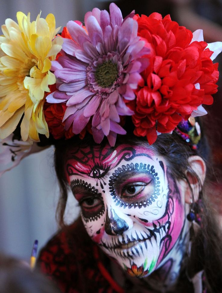 Mexican Day of the Dead comes to Liverpool's St George's Hall for festival of Latin American culture - Liverpool Echo