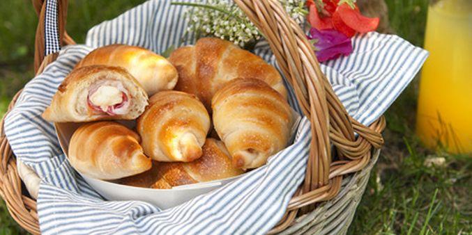 Ricette golose: brioche salate con pancetta e Galbanino   Ultime Notizie Flash
