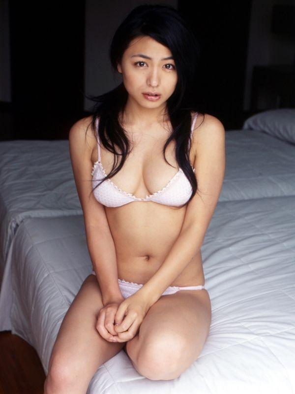 Yukie Kawamura 川村ゆきえ