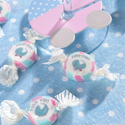 Ces ravissants bonbons berceaux ronds sont emballés individuellement et réalisés en sucre aux coloris pastels.