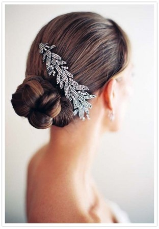 bridal hair clip with a simple up-do