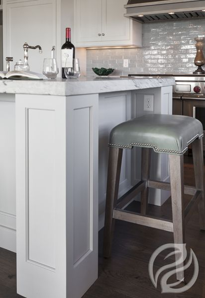 According to the National Kitchen & Bath Association, whites and off-whites continue to be the most popular color schemes in the kitchen, followed by beiges and bones. Psychologically speaking, implementing a black or white color scheme in the kitchen today can be a sound choice, because these colors convey stability and longevity, which is why you are seeing so many white kitchens these days. #GreenfieldCabinetry #CustomCabinetry #WhiteKitchen #White #Picture #Image
