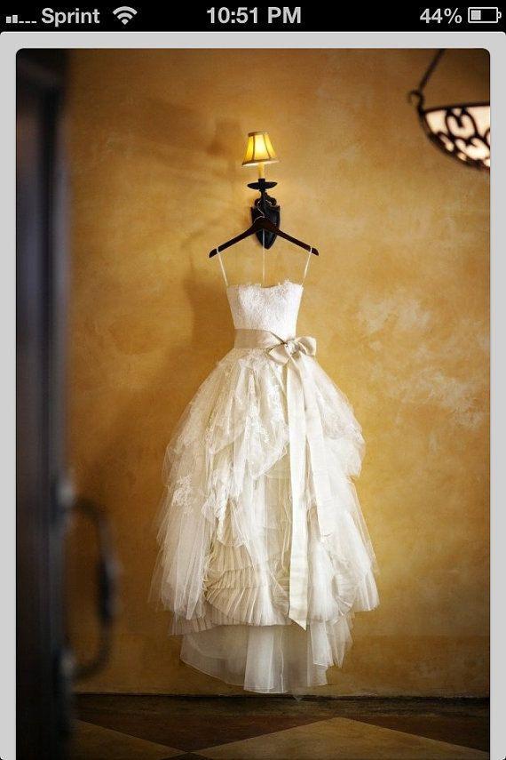 Robe de mariée Vera Wang ELIZA a inspiré par atelierTAMI sur Etsy