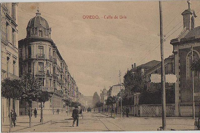 Calle Uria. Oviedo