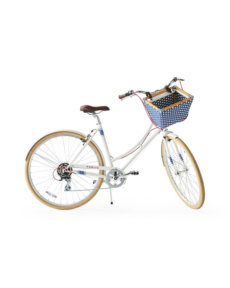 Limited-Edition PUBLIC® C7 Bike with Riviera BasketLimited-Edition PUBLIC® C7 Bike with Riviera Basket