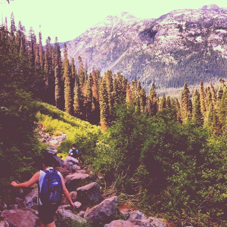Joffre Lakes hike, Pemberton BC, Canada. I want to go