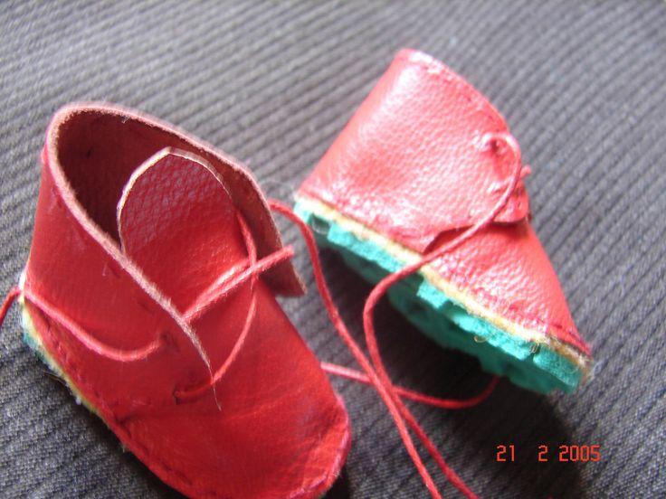 chaussures cuir rouge vêtement habit fait main poupée chérie de corolle ou autre de même : Jeux, jouets par nalisade