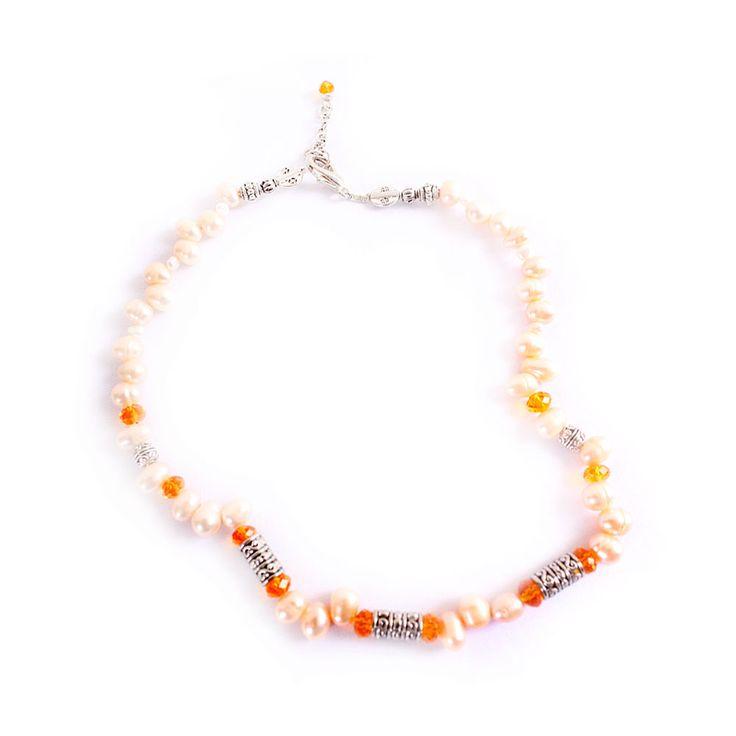 Collar Damasco Perlas de Río, MCN Joyas, $12.500.