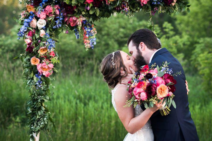 25 Ideas For An Outdoor Wedding: Best 25+ Outdoor Tent Wedding Ideas On Pinterest