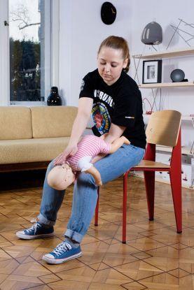 zadławienie niemowlaka