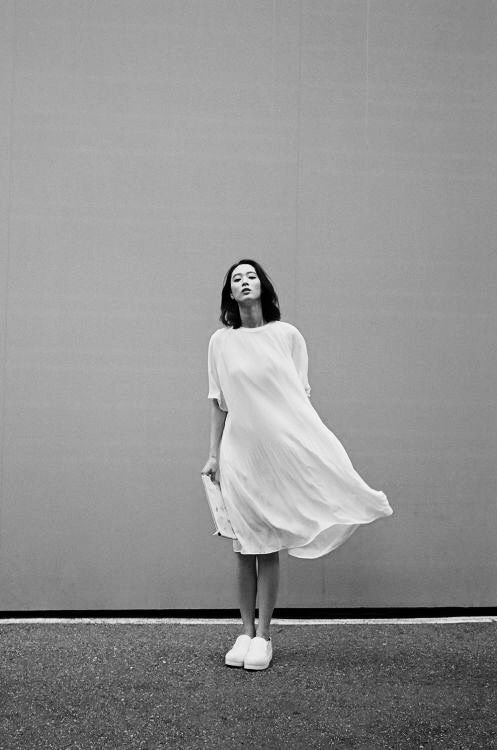 Simplicity - clean white dress, chic minimal style, minimalist fashion