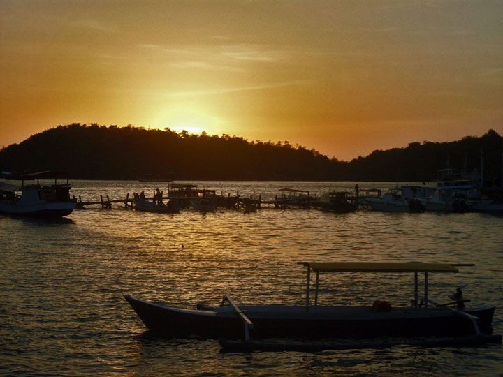 Sunset in Labuan Bajo (Picture: Matheus Pinheiro de Oliveira e Silva)