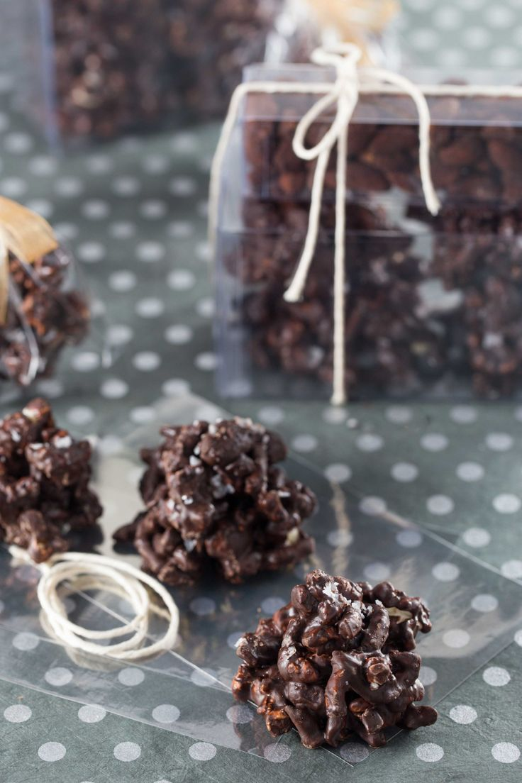 Sweet and Salty Chocolate Peanut Butter Clusters3