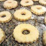 Aprenda a receita desta maravilha rosquilhas fritas com laranja
