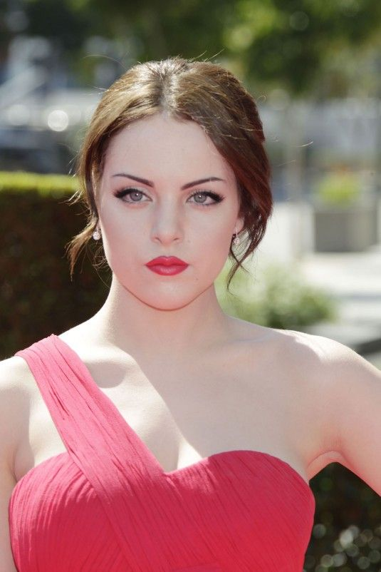 Elizabeth Gillies – Primetime Show For Creative Arts Emmy Awards 2012 in Los Angeles (Pink Dress) | Celebrities Latest Pictures