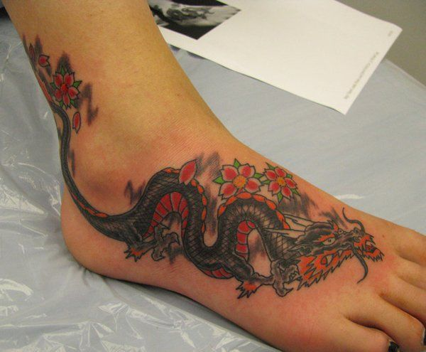 Japanese dragon tattoo on foot - 30 Awesome Dragon Tattoo Designs  <3 <3