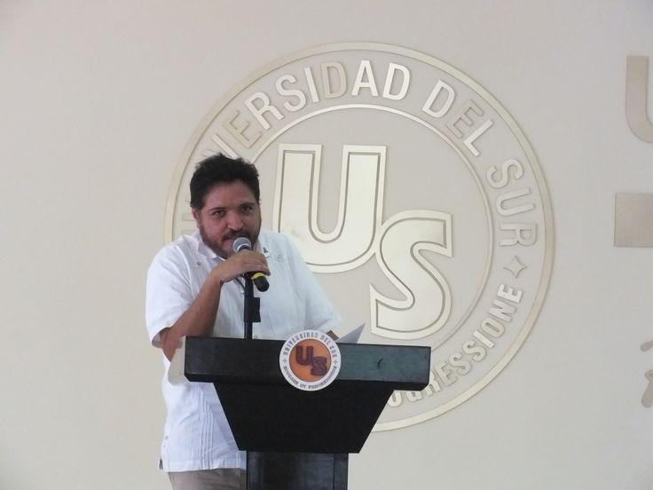 """Conmemoracion a """"El Asalto al Cuartel Moncada"""" en La Universidad del Sur de Cancún , donde se recordo que en Santiago de Cuba, fue parte de una acción armada realizada el 26 de julio de 1953 con el fin de derrocar al dictador Fulgencio Batista, realizada por un grupo de hombres y mujeres de la juventud del Partido Ortodoxo al mando del entonces abogado Fidel Castro."""