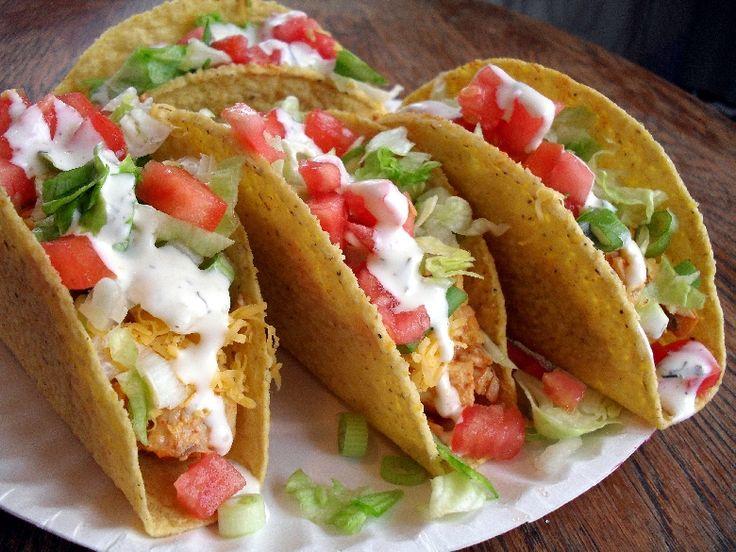 Tacos mexicanos de pollo y verduras