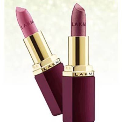 Lakme Lipsticks of the Enrich Satin range:........These lakme lipsticks are the most affordable ones from Lakme, with a price tag of just INR 225 each.  The lakme lipstick shades have been developed to offer a smooth texture.