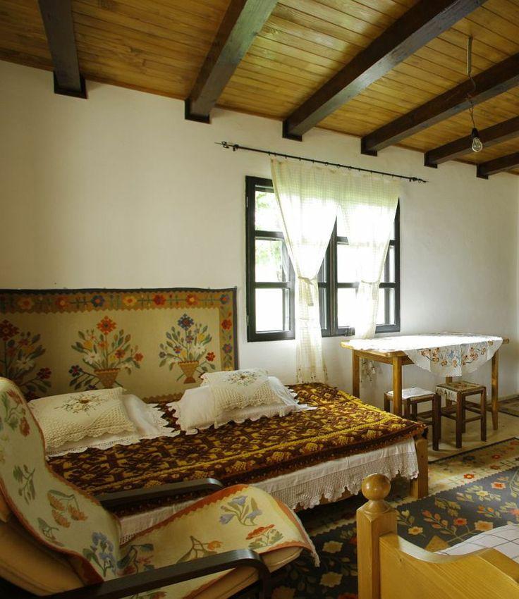 adelaparvucom despre casa traditionala romaneasca, casa cu