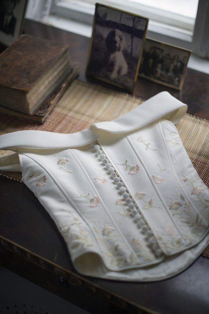 Two piece wedding dress. Julia Lillqvist | Pinterest | http://julialillqvist.com