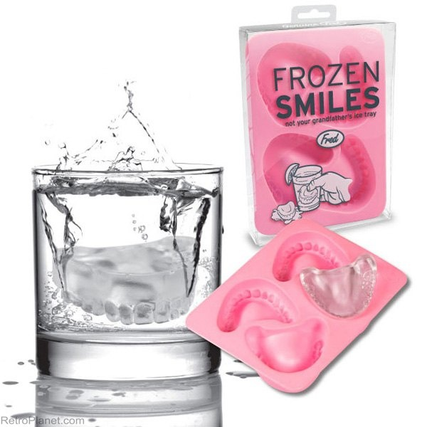 Denture Teeth Novelty Ice Cube Trays from RetroPlanet.com