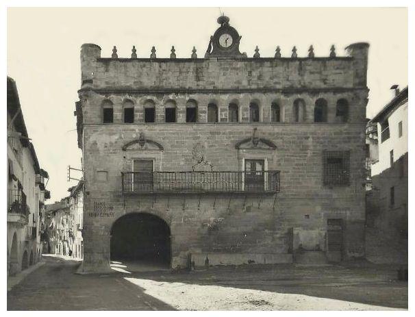 Turoliense: Ayuntamiento de La Fresneda, Teruel