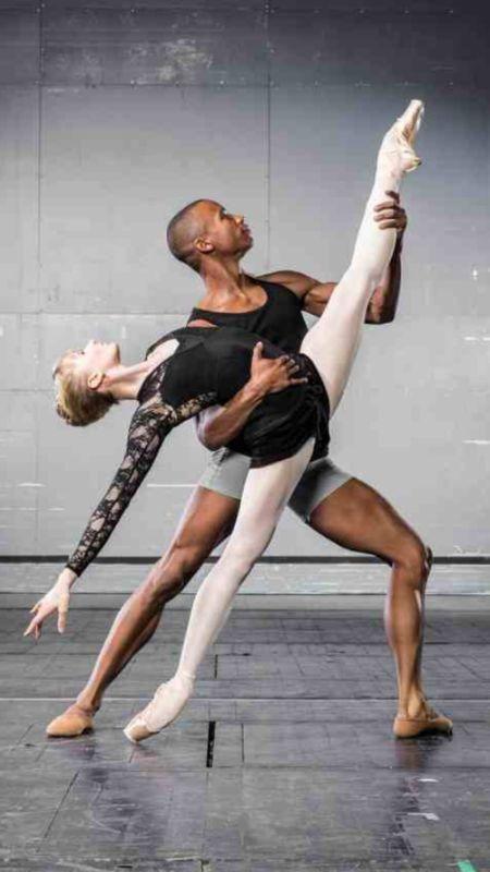 Eric Underwood and Melissa Hamilton in Thryst #dance