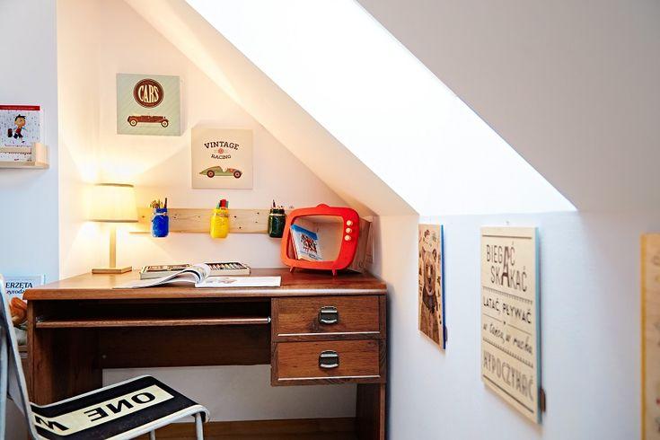 Blogerka ladyofthehouse.pl poleca biurko i krzesło