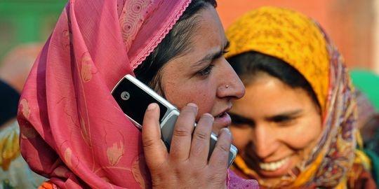 Dans les pays les plus pauvres, le téléphone mobile devient un outil de développement