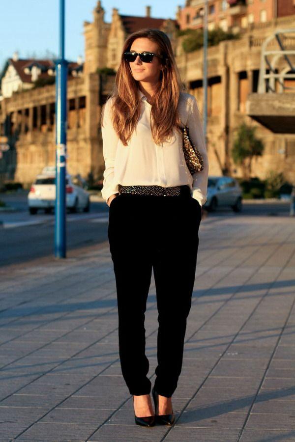 Combo camisa branca e calça preta