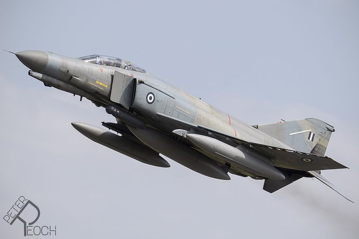 https://flic.kr/p/V9reLZ | 01512 / Hellenic Air Force / F-4E AUP Phantom II | Performing a flypast infront of the assembled photographers, this Phantom was participating in the Tactical Weapons Meet at Florennes Air Base.
