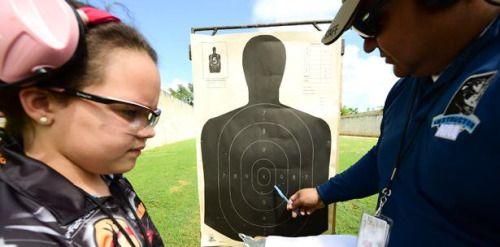 [VÍDEO] Pasadía familiar en el campo de tiro...