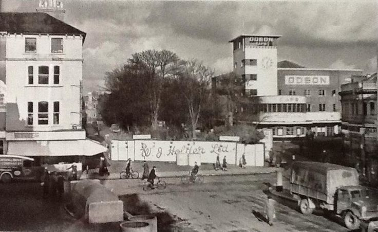 Montague Place and Odeon, Worthing, during war-time