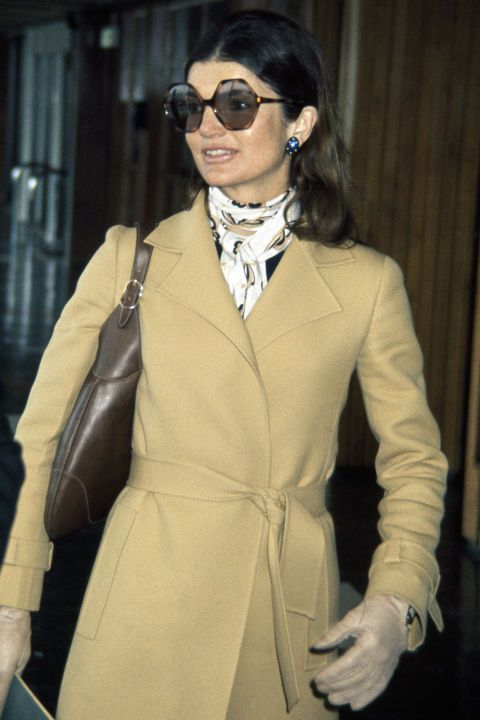 21 of the most memorable and iconic accessories of all time: Jackie Kennedy's oversized sunglasses