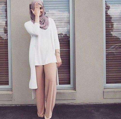 elegant classy hijab, Hijab spring street fashion http://www.justtrendygirls.com/hijab-spring-street-fashion/