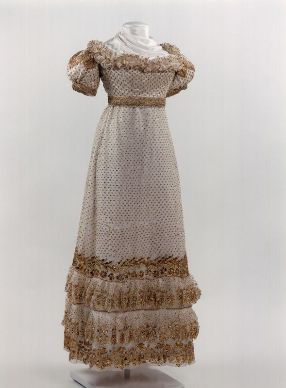 Party Dress | 1817-1825 | silk, tulle | Royal Institute for Cultural Heritage, Brussels | Object #: 96641
