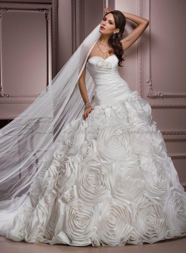 parisian taffeta ball gown sweetheart neckline wedding dress : Parisian Taffeta Ball Gown Sweetheart Neckline Wedding Dress
