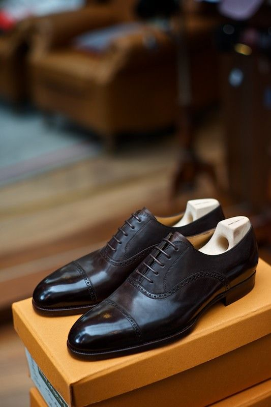 Nothing beats cap toe black oxfords. Classic.