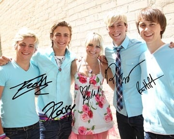 R5 Ross, Rocky, Rydel, Riker Lynch and Ellington Ratliff