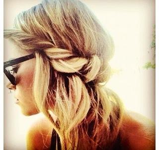 schöne Frisuren Ideeauch für die Brautjungfern