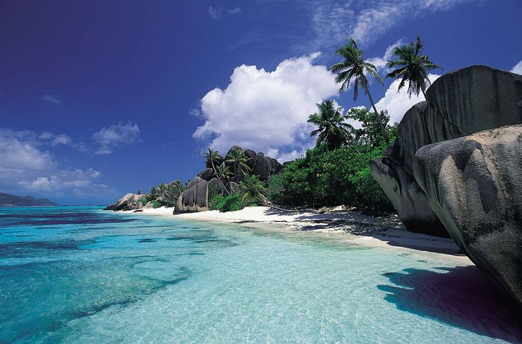 Anse Source D'Argent, on the island of La Digue, Seychelles.