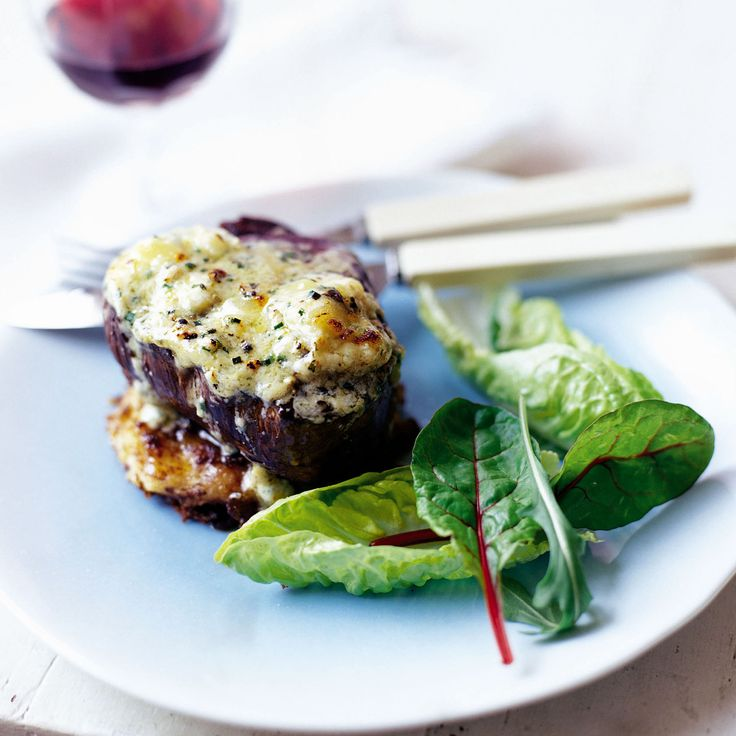 Fillet Steak with Bubble and Squeak Cakes - Woman And Home