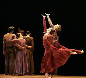 The Pacific Northwest Ballet performing Jardi Tancat at OCPAC's Fall for Dance 2007.