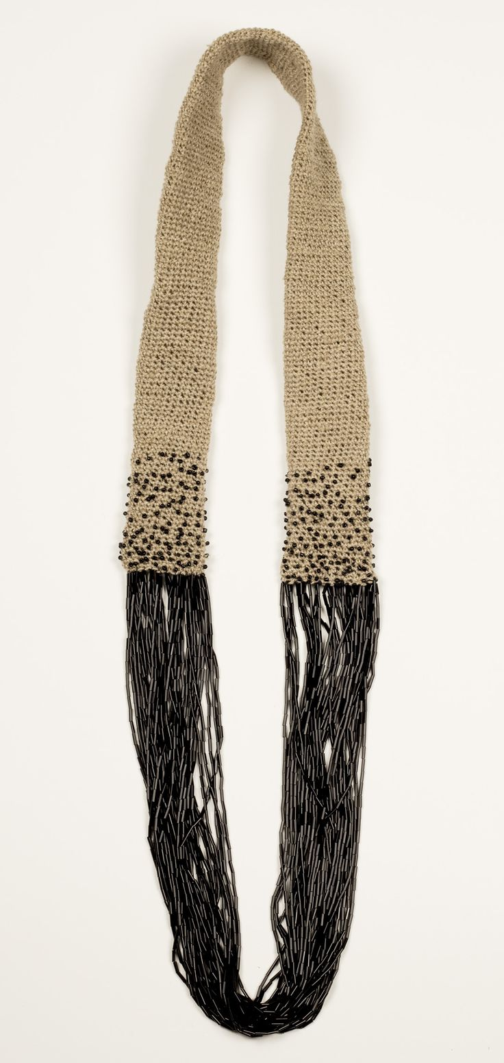 Textile necklace, linen and glass beads, 45 cm. Johanne Ratté 2014. http://www.lesjoanneries.com